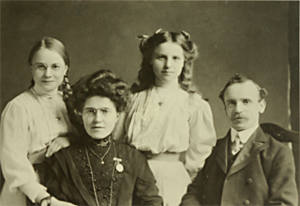 Minnie, Hannah, Elsie and Joseph Fletcher