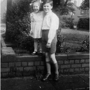 Pat Parfitt, aged 2, Kit aged 9